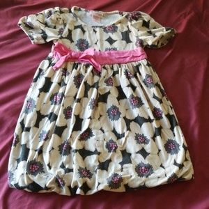 Adorable 4t oshkosh dress 💕